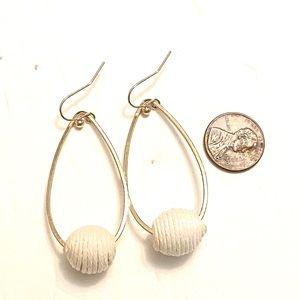 Jewelry - White Gold Dangle Earrings